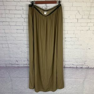 Old Navy Long Pull On Maxi Skirt Olive Medium